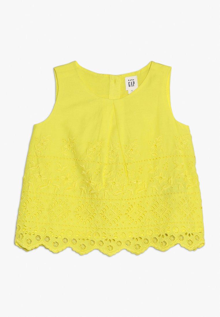 GAP - TODDLER GIRL EYE - Tunikaer - vibrating yellow