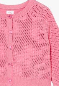 GAP - CARDI - Vest - neon impulsive pink - 3