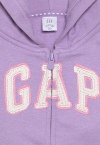GAP - TODDLER GIRL LOGO - Zip-up hoodie - purple - 4