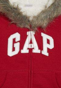 GAP - TODDLER GIRL LOGO  - Forro polar - modern red - 3