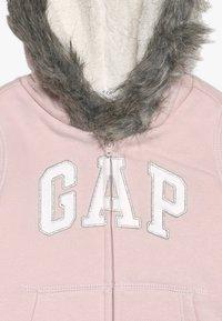 GAP - TODDLER GIRL LOGO  - Forro polar - icy pink - 3