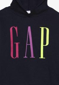 GAP - GIRL LOGO  - Jersey con capucha - navy uniform - 4