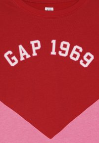 GAP - GIRL FAMILY LOGO CREW - Mikina - pure red - 3