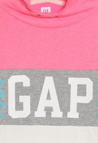 GAP - GIRL FAMILY LOGO - Hoodie - neon pink/rose - 4