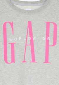 GAP - GIRL LOGO DOLMAN CREW - Sweatshirt - grey heather - 3