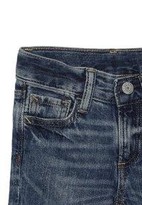 GAP - TODDLER BOY - Jeansy Slim Fit - medium wash - 3