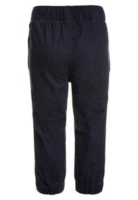 GAP - TODDLER BOY BASIC - Trousers - true indigo - 1