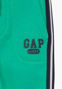 GAP - TODDLER BOY ARCH - Trousers - siren green - 3