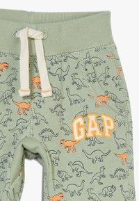 GAP - GARCH - Kalhoty - desert sage - 3