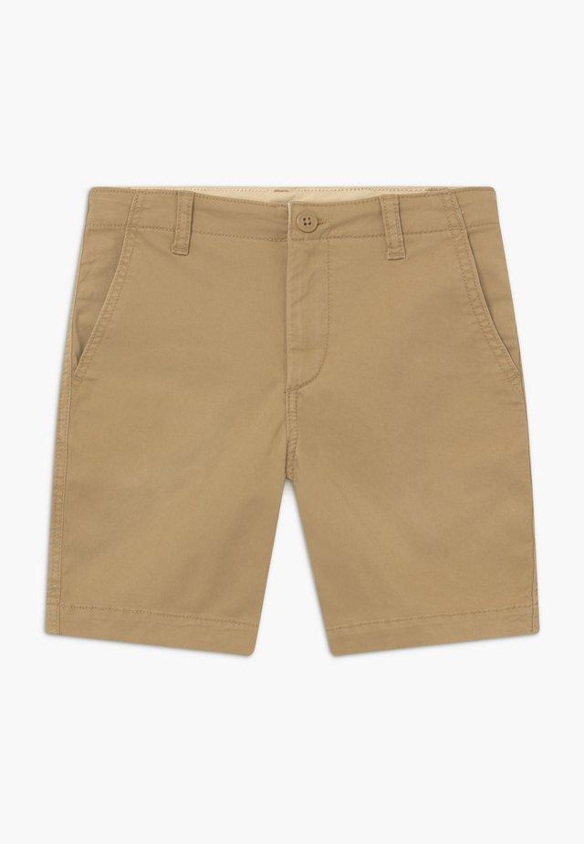BOY - Shorts - new british khaki