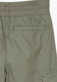 GAP - BOY  - Cargo trousers - mesculen green - 2