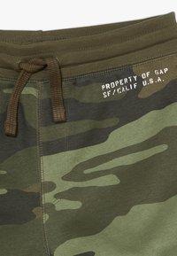 GAP - BOY LOGO  - Pantalon de survêtement - green - 2