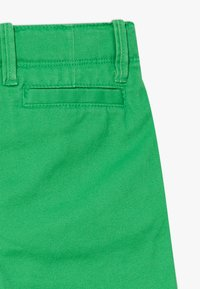 GAP - TODDLER BOY - Kraťasy - lush green - 2