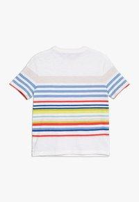 GAP - BOYS TEE - T-shirt z nadrukiem - multi - 1