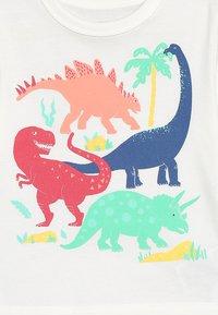 GAP - TODDLER BOY TEE - T-shirt z nadrukiem - new off white - 3
