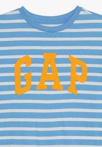 GAP - BOYS TEE - T-shirt print - blue - 3