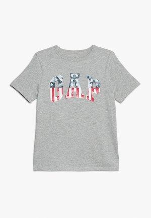 BOYS FLAG TEE - T-shirt con stampa - light heather grey