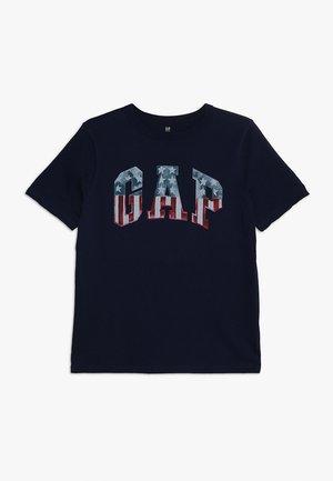 BOYS FLAG TEE - T-shirt con stampa - elysian blue