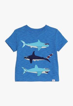 TODDLER BOY GRAPHIC TEE - T-shirt z nadrukiem - breezy blue