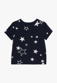 GAP - TODDLER BOY MAY PRINT  - T-shirt z nadrukiem - navy - 0