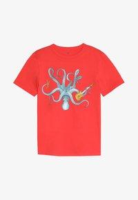 GAP - BOY  - T-shirt con stampa - hula red - 2
