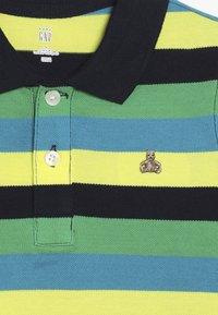 GAP - TODDLER BOY STRIPE - Polo - lush green - 2