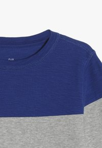 GAP - BOY - Camiseta de manga larga - blue/navy - 4