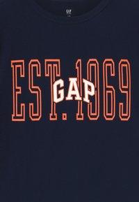 GAP - BOY - T-shirt imprimé - tapestry navy - 3