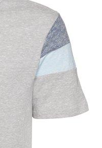 GAP - BOY TEE - T-shirt imprimé - silver - 2