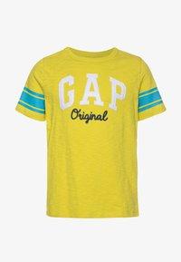 GAP - BOY ARM - Print T-shirt - peridot - 0