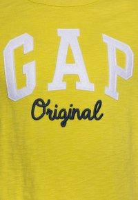 GAP - BOY ARM - Print T-shirt - peridot - 2