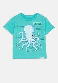 GAP - TODDLER BOY - Print T-shirt - green cascade - 0