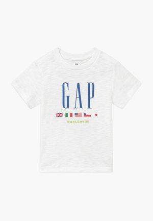 TODDLER BOY FAMILY MOMENT GRAPHIC - T-Shirt print - optic white