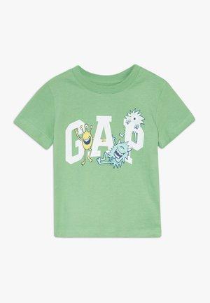 TODDLER BOY LOGO TEE - T-Shirt print - carmel green