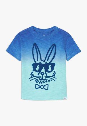 TODDLER BOY DIP DYE GRAPHICS - Camiseta estampada - aqua tide