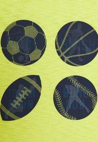 GAP - BOY - T-shirt print - phosphorus - 2