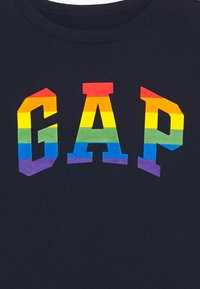GAP - BOY V PRIDE TEE - Print T-shirt - blue galaxy - 2