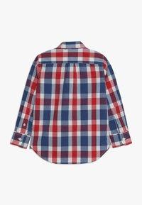 GAP - BOYS - Košile - red/ blue - 1