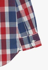 GAP - BOYS - Košile - red/ blue - 2