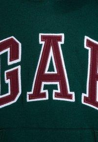 GAP - BOYS ACTIVE ARCH  - Sweat à capuche - green pine - 3