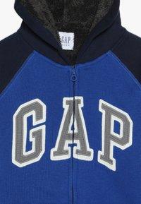 GAP - BOY COZY ARCH HOOD - Collegetakki - brilliant blue - 4