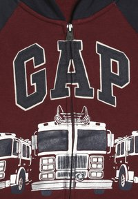 GAP - TODDLER BOY NOVELTY LOGO - Collegetakki - red delicious - 4