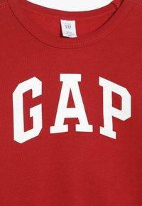 GAP - TODDLER BOY LOGO CREW - Sweater - modern red - 3