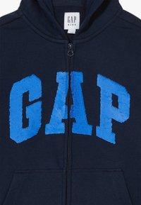 GAP - BOY FLIPPY ARCH  - Mikina na zip - blue galaxy - 4