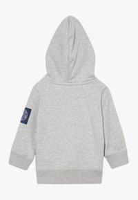 GAP - TODDLER BOY FAMILY MOMENT HOOD - Hoodie - light heather grey - 1