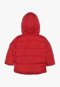 GAP - TODDLER BOY WARMEST JACKET - Winter jacket - pure red - 1