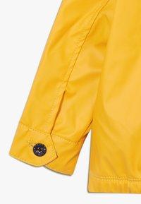 GAP - RAINSLICKER - Regenjas - yellow - 2