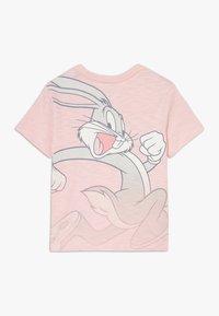 GAP - TODDLER BOY BUNNY  - T-shirt imprimé - minimal pink - 1