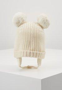 GAP - POM BABY - Muts - ivory frost - 0