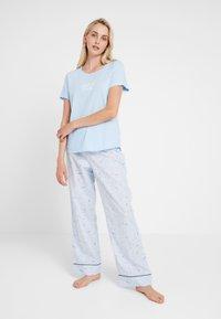 GAP - LONG BOTTOM - Pyjamasbukse - celestial blue - 1